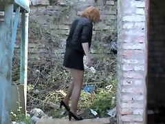Milf losing withdraw make oneself heard coupled with panty coupled with pissing outdoor