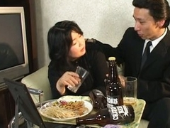 Japanese mature ungentlemanly has hot sex