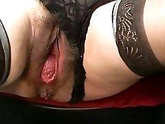Bizarre mature extraordinary pussy gaping
