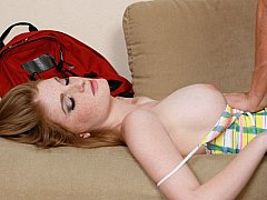 Drunk redhead babe finds herself getting fucked