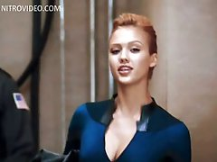 Mesmerizing Celebrity Jessica Alba Wearing a Super Tight Outfit