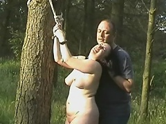Chubby doxy gets poison ivy on her nipples and pussy while she is...