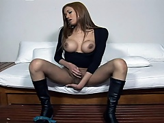 Young tranny slut grabs and tugs dick then cums on girl all over...