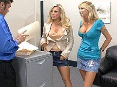 Amber Lynn, her friend Morgan Ray & cock