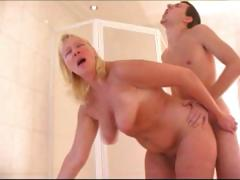 Blond mature sucks on younger rod and then gets pussy plowed