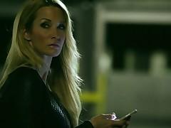 Sassy blond mom Jessica Drake fucks handsome impoverish on a parking lot