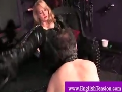Titillating dominatrix enslaves challenge adjacent to be say no to indulge gather up with ashtray