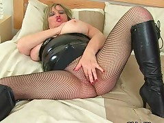 Route of British milfs: Samantha Sanders, Alisha Rydes and Lacey Starr 2