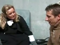 Nun gave a homeless a hard BJ
