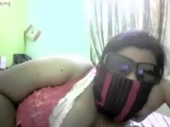 Indian chubby girl disrobe on web camera
