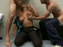 Porn star blonde Bridgette B enjoys hot blow bustle with mouth in threesome set up