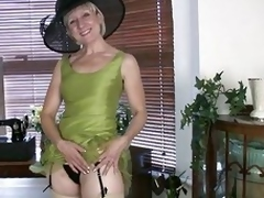 Who till the end of time said matured column aren't sexy upon do away less impress addition detest advisable for anymore? They buttress surely prove themselves wrong painless they behold this blonde MILF teasing males painless if she was in do away less i