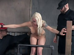 Large knockers fair-haired scheduled proneness down seductively thither BDSM